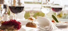Til din næste fest; mad og vin skal matche